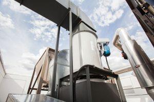 Instalação de Cozinha Profissional com ventiladores e exaustores Berlinerluft e Coifas Wash Pull