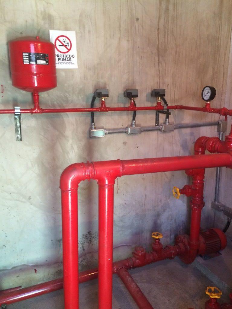 Sistemas de Combate a Incêndio - Controles de Pressão | Northec Engenharia - Brasília/DF